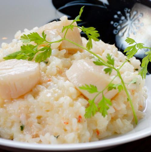ズワイガニとホタテ(白ワイン&バター風味)